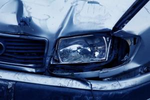 Fahrzeug mit Unfall- oder Motorschaden