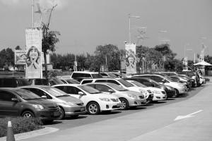Viele Autos für einen Autoexport
